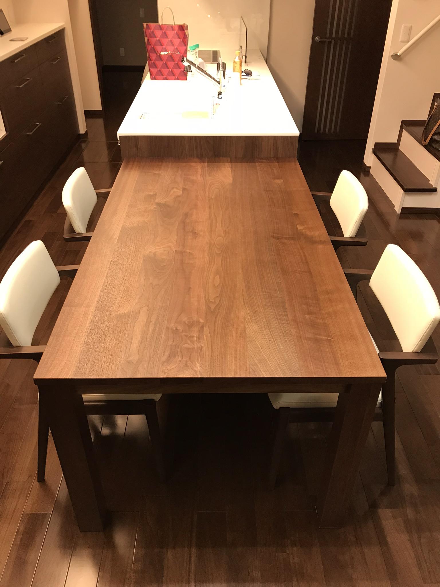 N様 / アイラーセン ストリームラインカウチソファ、 レン ダイニングテーブル