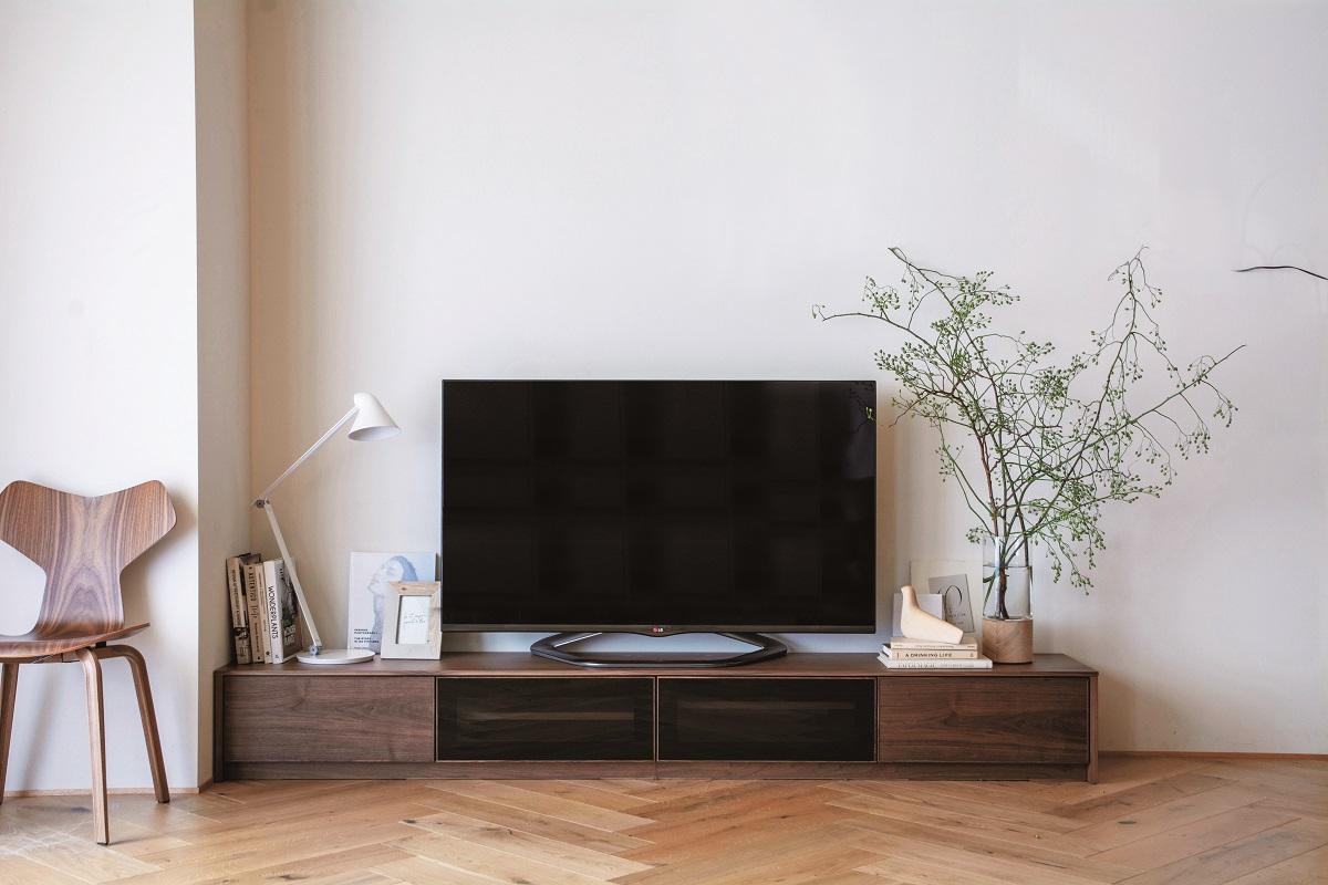 TSUNAGI テレビボード