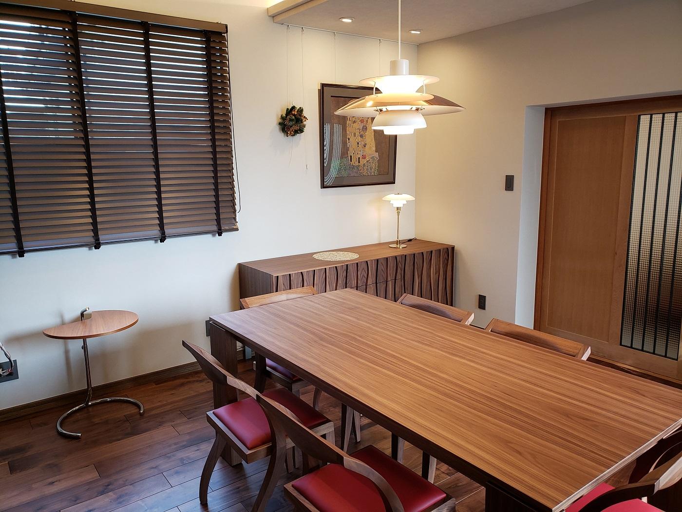K様 / ポラダ ケビンダイニングテーブル、アーレキンチェア、マサイチェスト