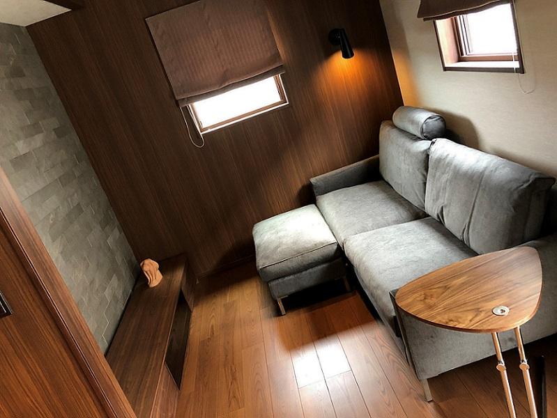 S様/アイラーセン ストリームラインソファ、テクタ K22サイドテーブル、ツナギテレビボード